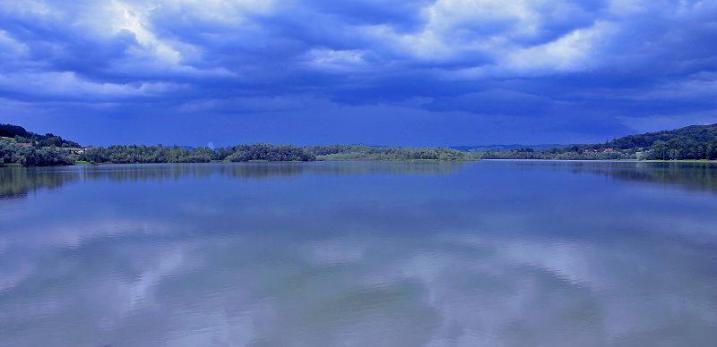 Ledavsko jezero